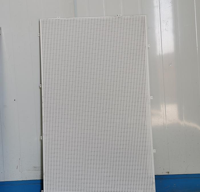 山东600x1200冲孔铝单板